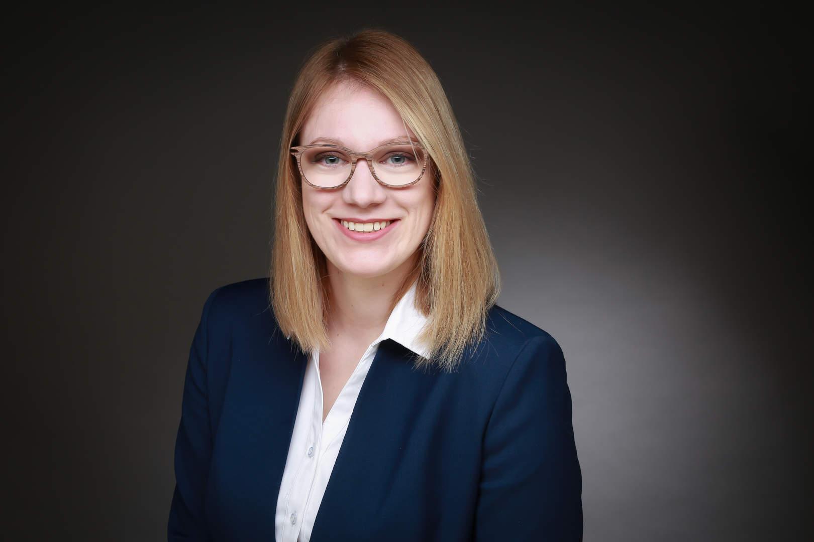 Rechtsanwalt Helena Roosen-Portrait